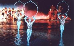 Лучшие шоу мира: водная феерия 'О' со звездами шоу 'Цирка дю Солей' ('Cirque du Soleil') в одном из лучших отелей Лас-Вегаса - 'Белладжо'